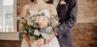 para młoda, bukiet ślubny, prezent na ślub