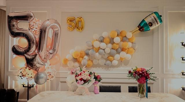 impreza urodzinowa, 50 urodziny, balony, 50 lat